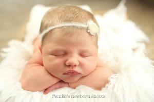 newborn-shoot-meisje23